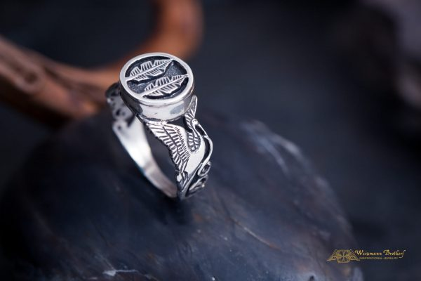 handcraftes ring